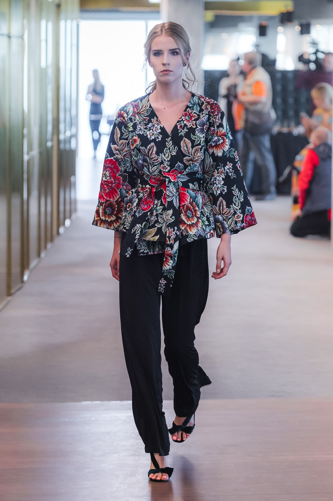 64_ZAQUAD110517_web_fotFilipOkopny_FashionImages