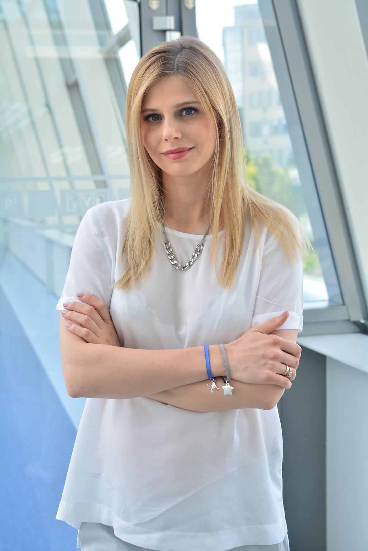 Izabela Zwierzyńska: Będę mamą - bezpieczna podróż samochodem - BlogStar.pl