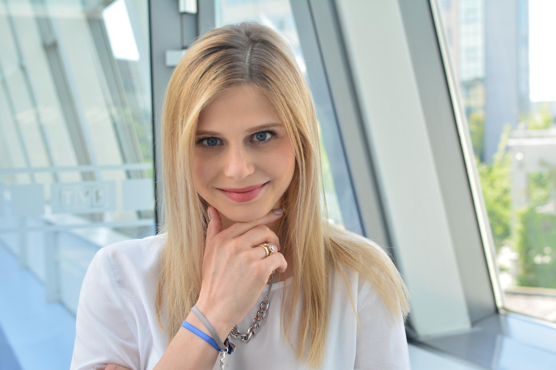 BlogStar: Izabela Zwierzyńska: Będę mamą - bezpieczna podróż samochodem - BlogStar.pl
