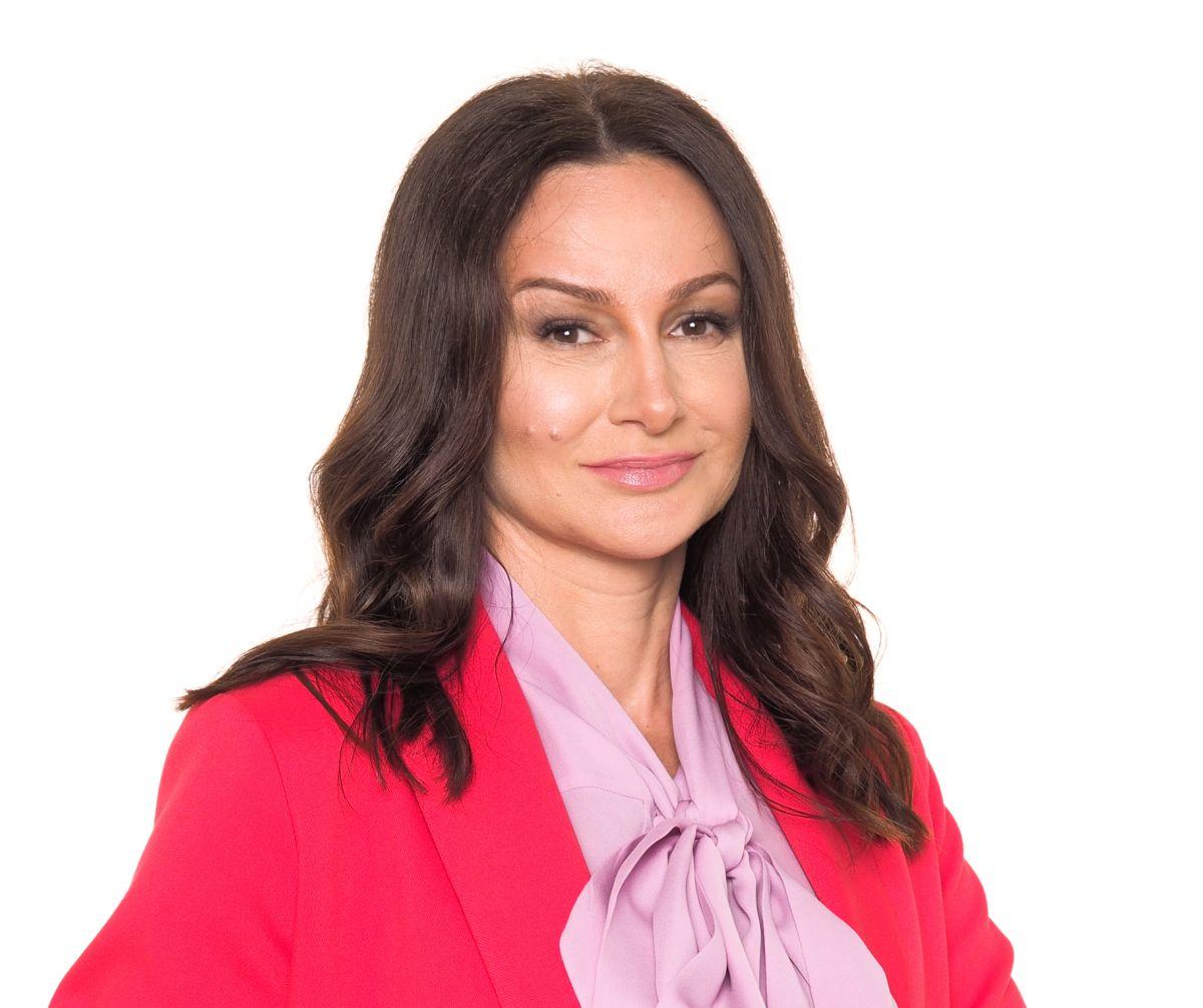 Beata Dethloff: RF z igłami - sposób na rozszerzone pory - BlogStar.pl