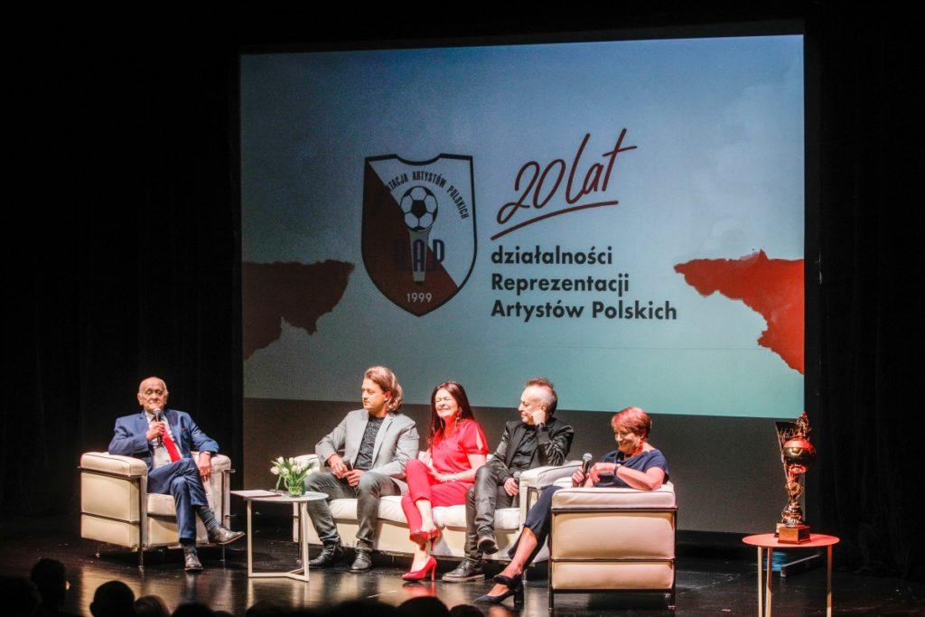 BlogStar: Huczny jubileusz 20-lecia RAP - BlogStar.pl