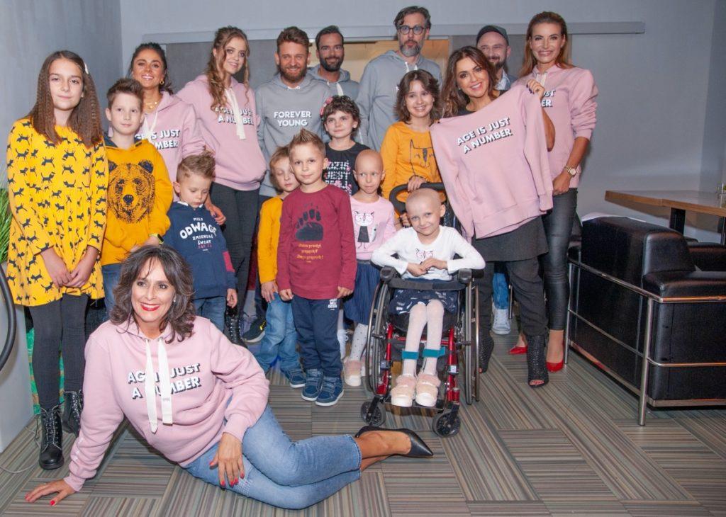 BlogStar: Charytatywny pokaz mody:  Dzieci - dzieciom - BlogStar.pl