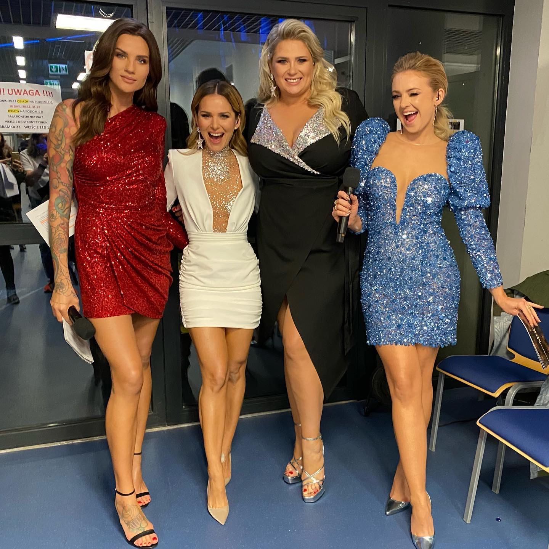 BlogStar: Paulina Sykut-Jeżyna - ikona mody lansuje mini - BlogStar.pl