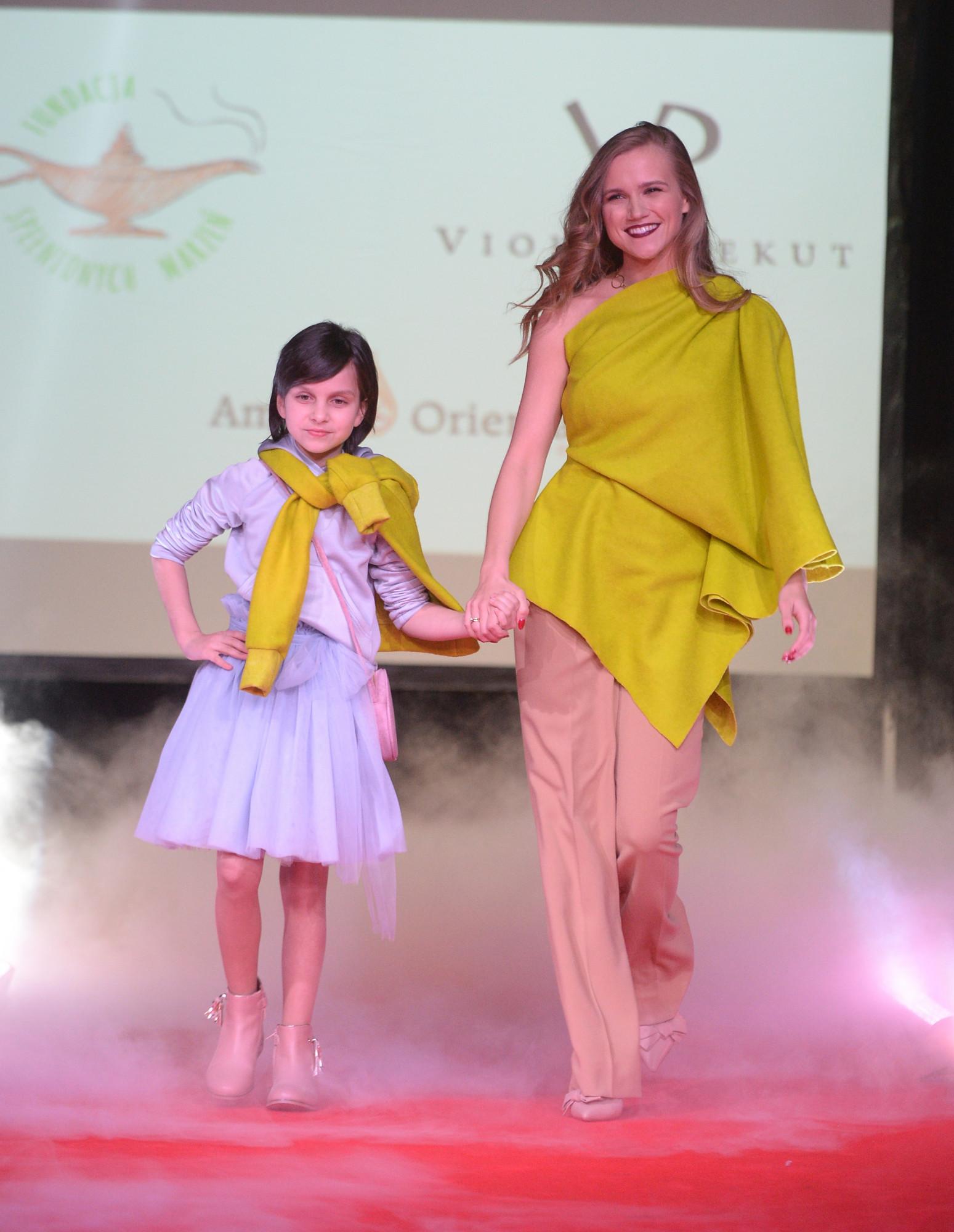 BlogStar: Dzieci dzieciom w kreacjach Violi Piekut - BlogStar.pl