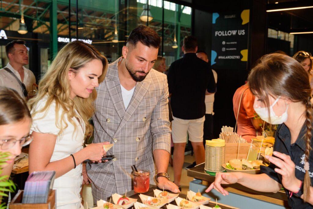 BlogStar: Kulinarne podróże dookoła świata w popularnych warszawskich Koszykach - BlogStar.pl