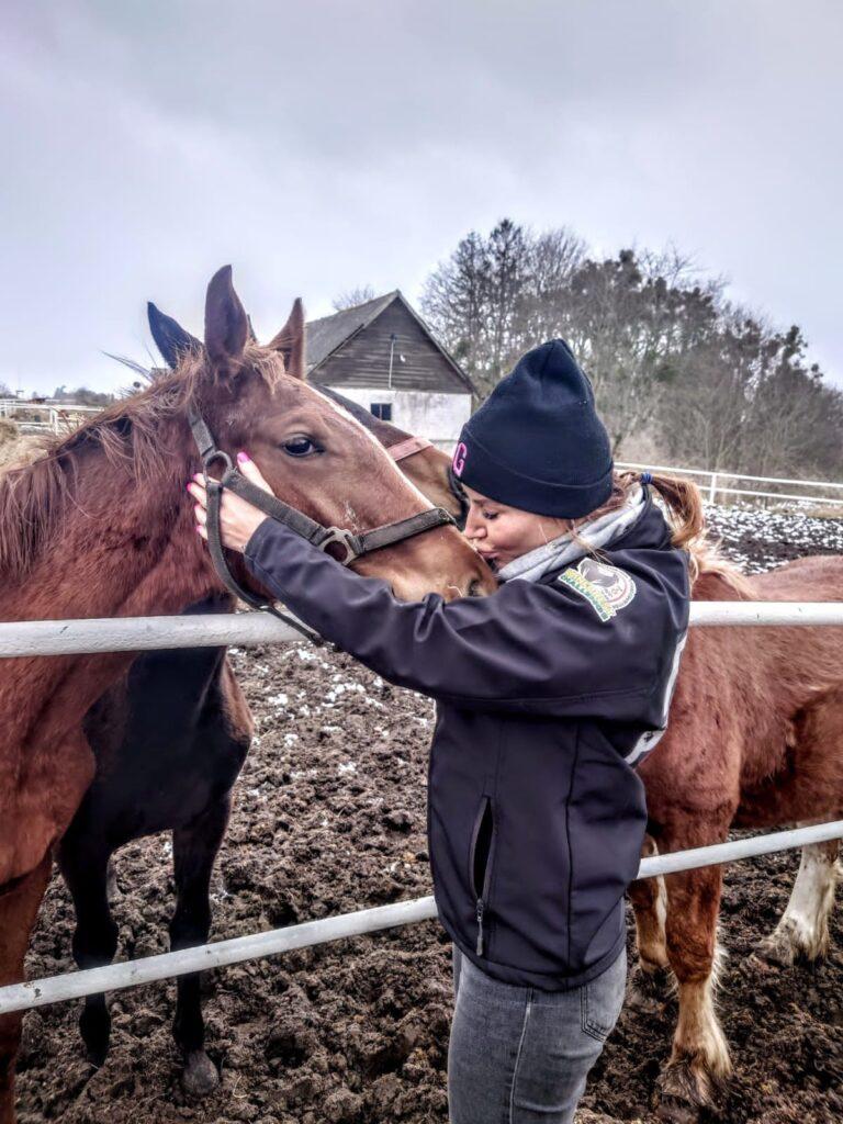 BlogStar: Karolina Pilarczyk - kocha konie, nie tylko te mechaniczne - BlogStar.pl