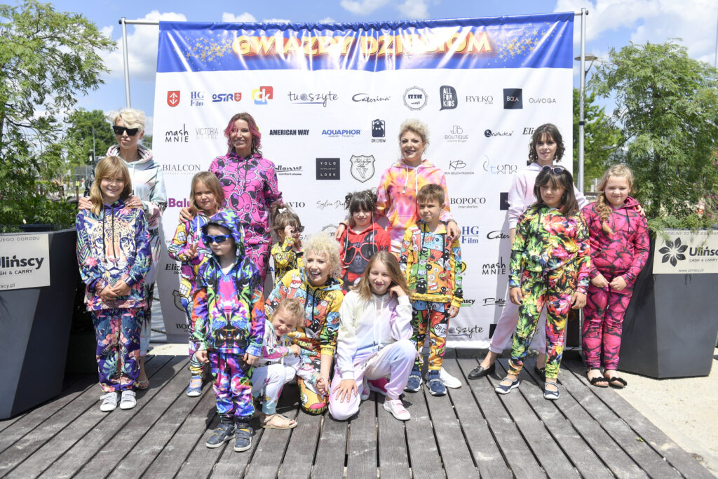 BlogStar: Gwiazdy dzieciom - BlogStar.pl