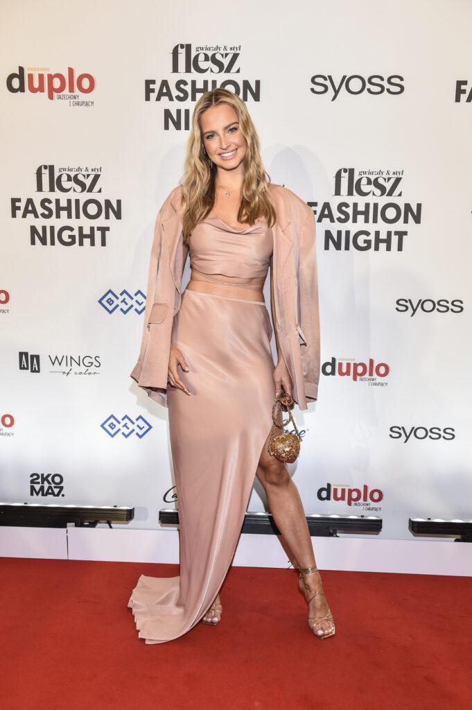 BlogStar: Flesz Fashion Night 2021 - BlogStar.pl